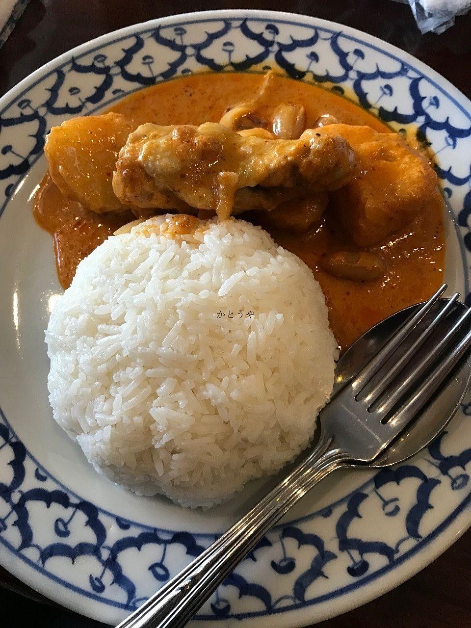 北千住の人気タイ料理屋さんライカノのご紹介です。