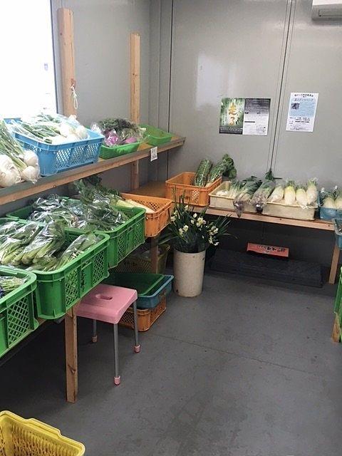 東葛病院さんのお隣にある新鮮な野菜が並んでいる直売所です