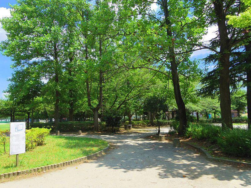 サフランさん近くの公園