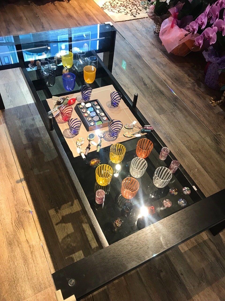 こんにちは、かとうや藤原です。お世話になっている方が11/7に東京の本郷2丁目にオープンされたヴェネツィアングラスのお店に遊びに行きました!